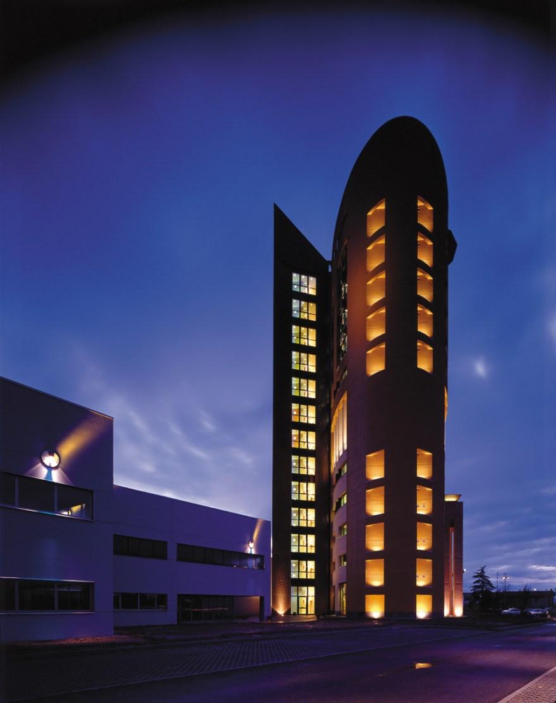 DM1_building06