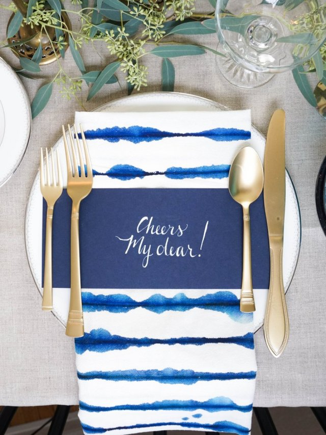 New Years Eve Hand Lettered Menus + Watercolor Napkins | Francois et Moi