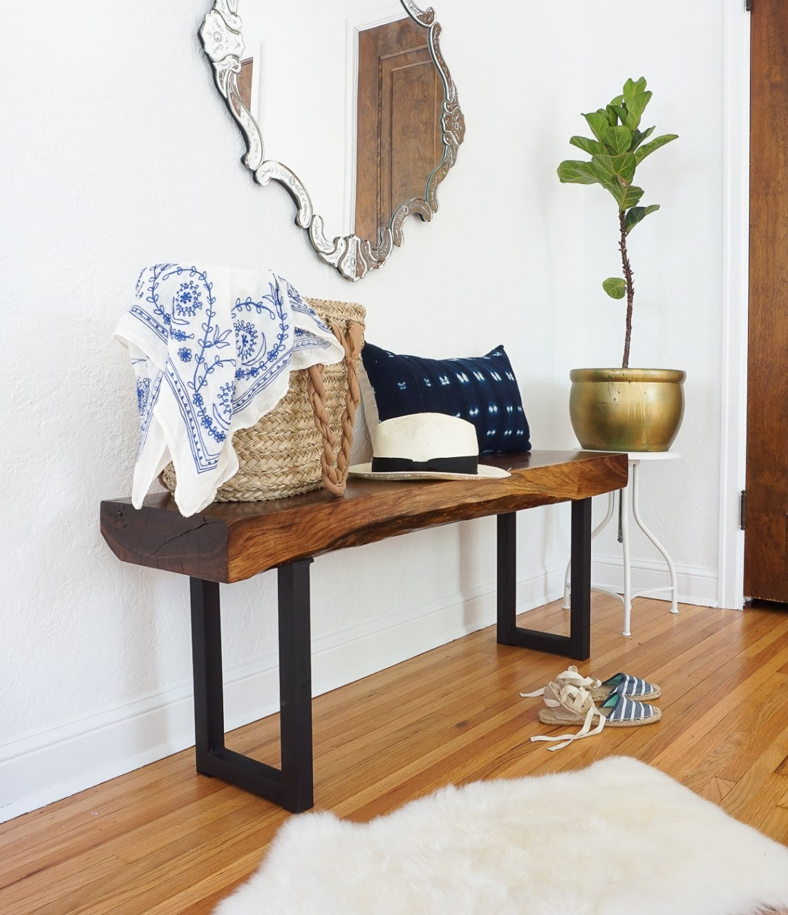 Learn how to make this *stunning* live edge walnut bench. Click for the tutorial!