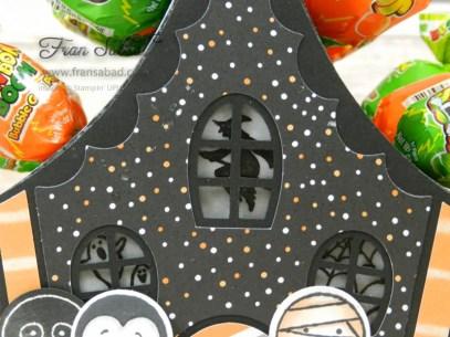 cookie-cutter-halloween-01-window