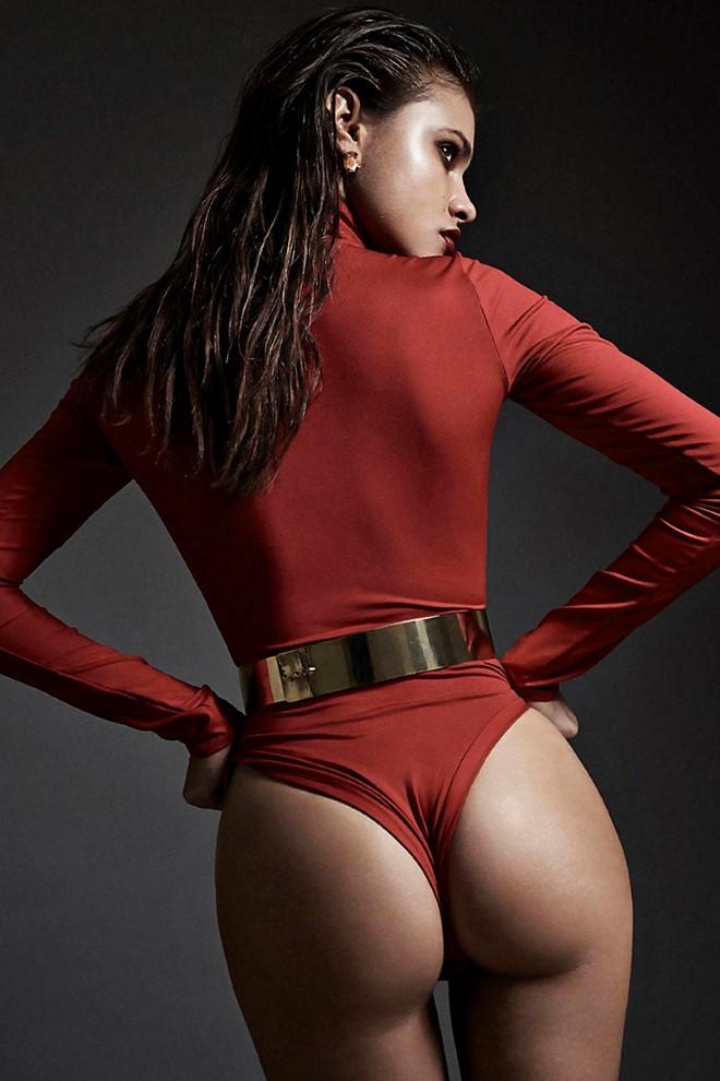 yara_khmidan_sexy_booty_cheeks_03-6a3d1082_web
