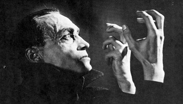 """Still from """"The Hands of Orlac"""", 1924 film directed by Robert Wiene"""