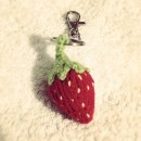 Strawberry Keychain Keyring Free cute knititng patterns
