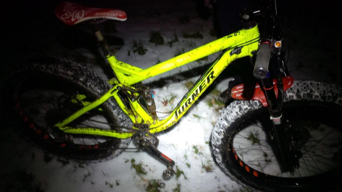 Kommentar: Nachts im Wald Radfahren ist rücksichtslos