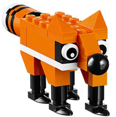LEGO Fox Mini Model Build at LEGO Stores