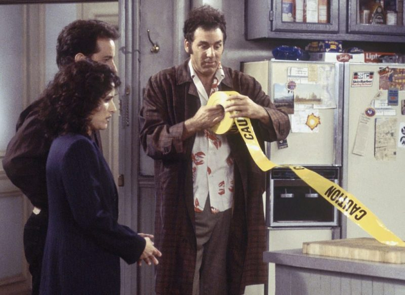 """SEINFELD -- """"The Frogger"""" Episode 18 -- Pictured: (l-r) Julia Louis-Dreyfus as Elaine Marie Benes, Jerry Seinfeld as Jerry Seinfeld, Michael Richards as Cosmo Kramer (Photo by Joey Delvalle/NBC/NBCU Photo Bank via Getty Images)"""