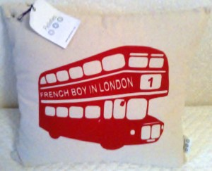 "Le coussin ""airbag"" du French Boy In London ;)"