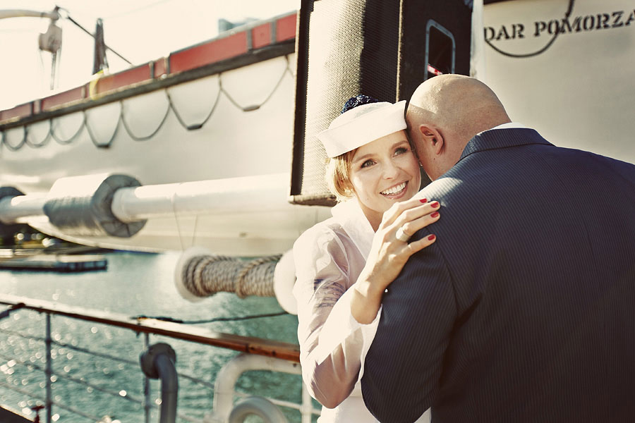 Wozaczinski Dagmara+Maciek 23 Married on a Boat in a Beautiful Sailor Outfit