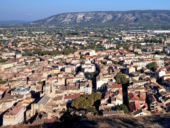 General View of Cavaillon © Jean-Marc Rosier - licence [CC BY-SA 3.0] from Wikimedia Commons