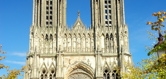 The west front of Reims Cathedral © French Moments
