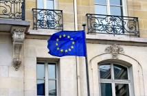 European Flag flying in Paris © French Moments