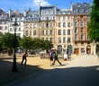 Place Dauphine, Paris © French Moments