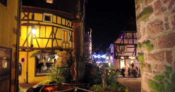 Christmas in Riquewihr © French Moments