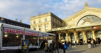 The Alsatian Christmas Market at Gare de l'Est © French Moments