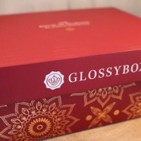 DECKEL AUF! Glossybox The RITUAL of Ayurveda Sonderedition