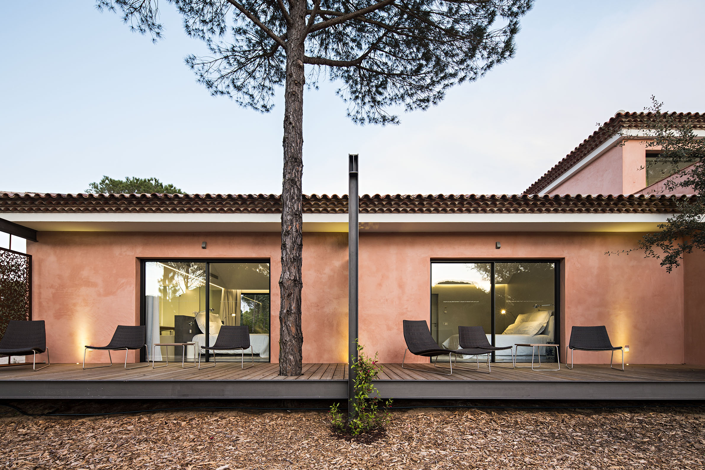 Sublime comporta portugal from the poolside boutique for Design hotel comporta