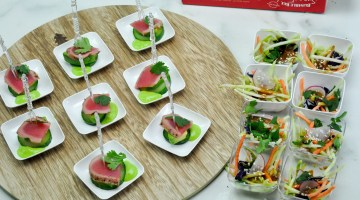 seared-tuna-appetizer-christmas-recipes-holiday-appetizer-party-food-frostedmomscom-14