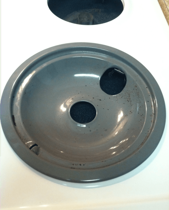 How to Clean Drip Pans