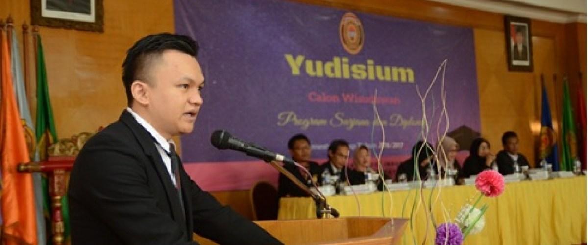 Pidato Yudissium Oleh Lulusan Terbaik 2017