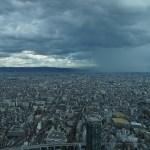 あべのハルカスと梅田スカイビルで「ゲリラ豪雨」をタイムラプス撮影
