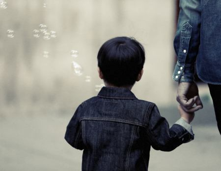 child-theme-holding-hands-with-parent-theme