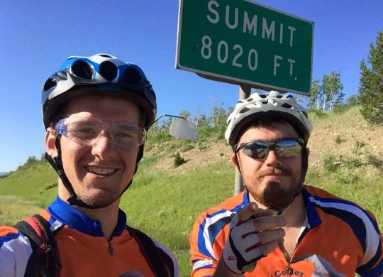 Bicycle Adventure leaders featured in University of Alabama student newspaper article