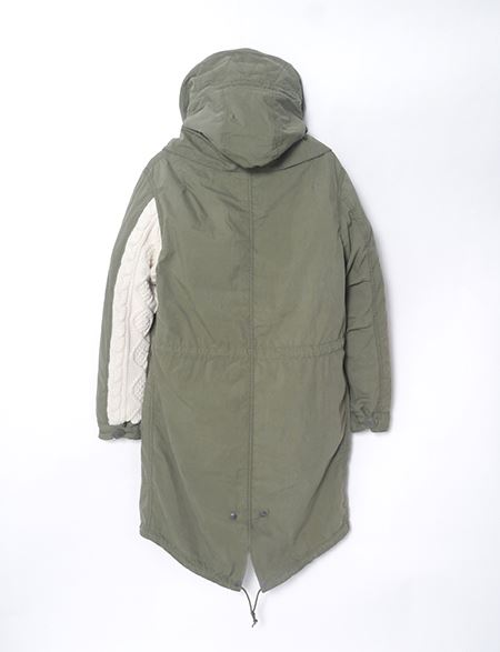 ALPHA M-65 PARKA MOD LIMITED カーキ背面の画像