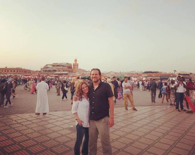 Full and happy, in the middl of the Jemaa el-Fnaa