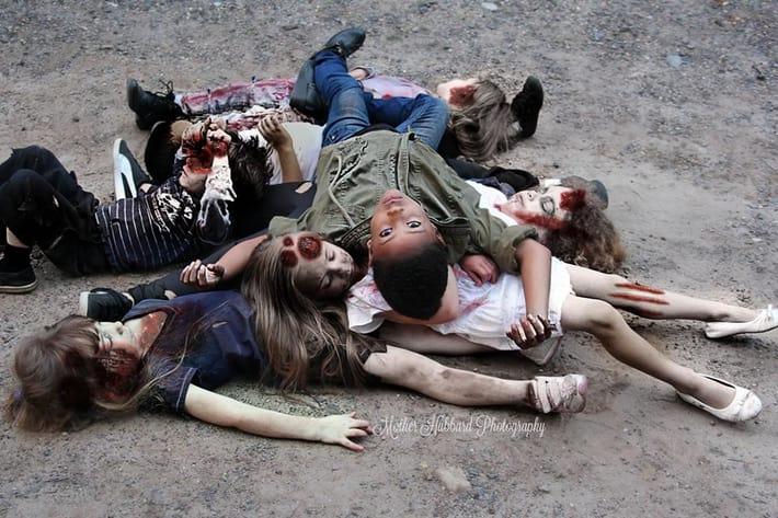 the walking dead unutulmaz sahneleri cocuklar tarafindan tekrar canlandirildi