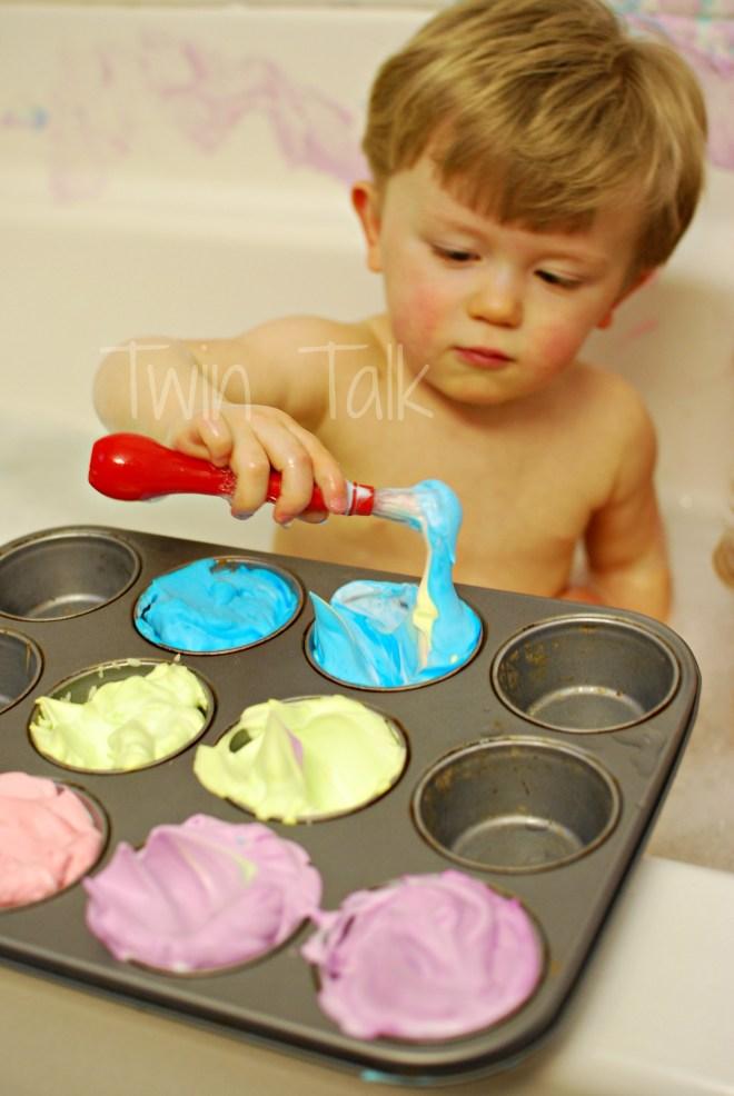 Sensory Bath Sunday: DIY Bath Paint