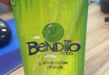 Água de Coco Bendito Coco