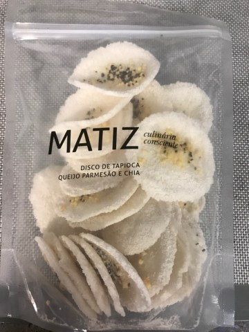 Disco de Tapioca, Queijo Parmesao e Chia Matiz