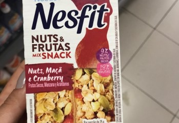 Cereais em Barra Nuts e Frutas Mix Snack Nuts, Maçã e Cranberry Nesfit Nestle