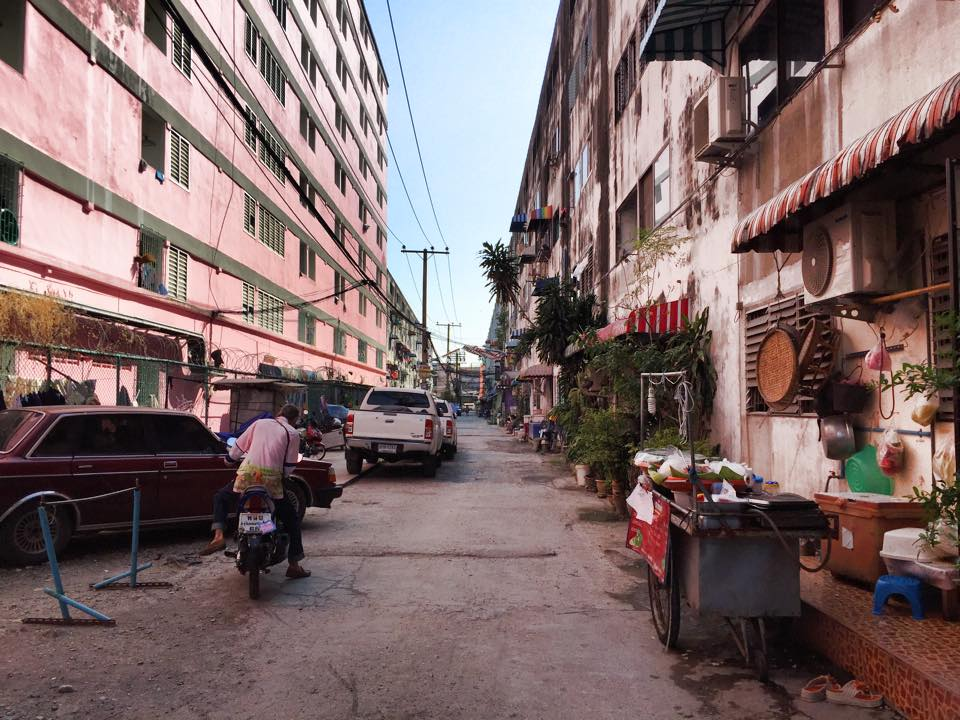 バンコク郊外の集合住宅