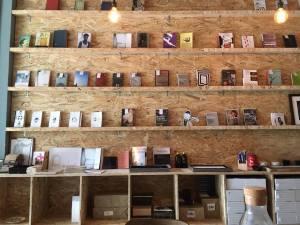 Books&Belongings cafe2