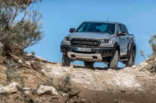 2019_FORD_RANGER_RAPTOR_CONQUER_GREY_035