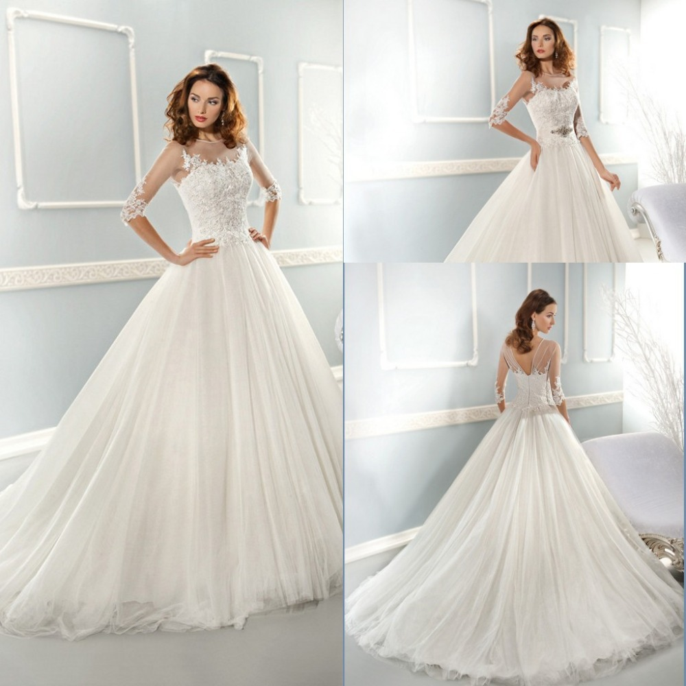 the tips on choosing country wedding dresses country western wedding dresses A western wedding dress with boots