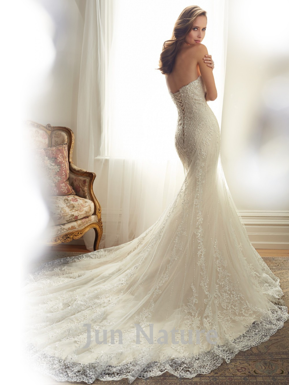 long wedding dresses Long Sleeve Wedding Dresses To Commemorate Your Special Day