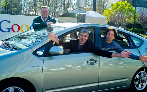 Larry Page remplaza a Eric Schmidt como CEO o Director de Google