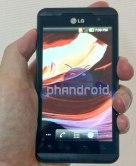 Primera foto del LG Optimus 3D, teléfono celular sin necesidad de gafas