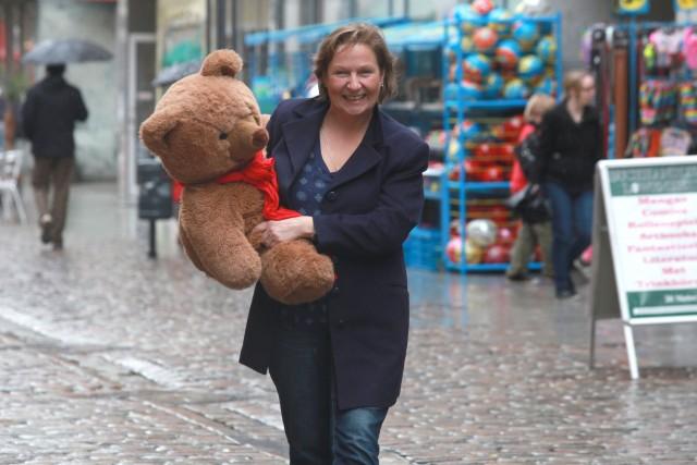 Wir sammeln beglückende Erlebnisse, der Bärenben und ich. Foto: Paul van Schie.