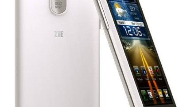 ZTE Blade 3 mobile phone - Pictures
