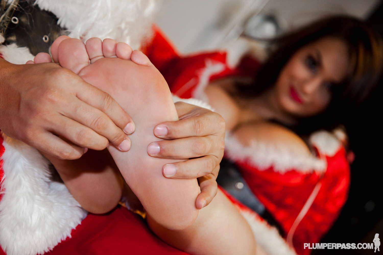 bbw glory foxx feet
