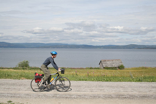 Lars cycling in Norway