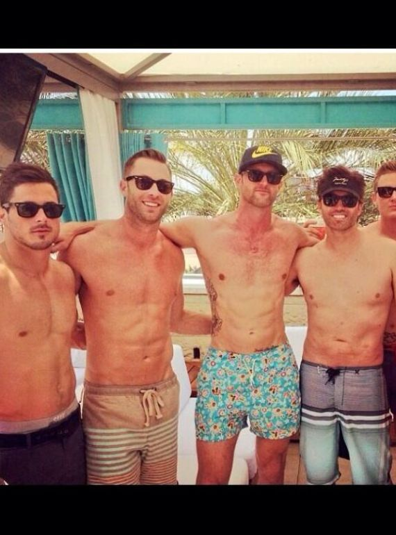 kliff kingsbury shirtless abs
