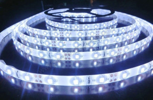 Garden-Hat-African-Violet-LED-light-strips-rolls