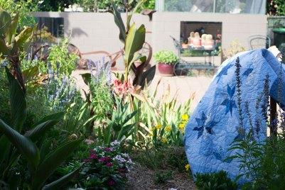 Kaye and Paddy McCumstie's garden, Condobolin