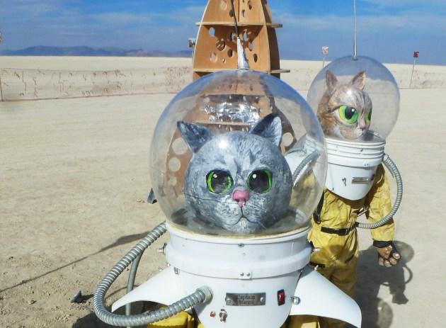 Captain Stargo y Q listos para la misión. Foto: Glorimar Anibarro