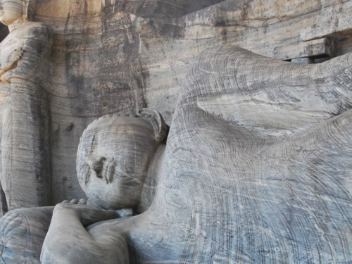 Buddha Statues: Gal Viharaya