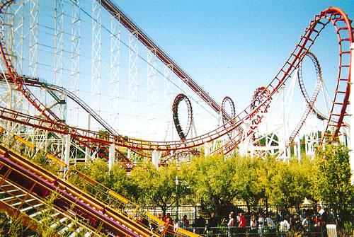 Viper Roller Coaster at Six Flags Magic Mountain